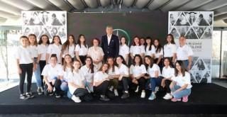 Mercedes-Benz'in gençlere verdiği destekler devam ediyor